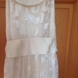 Forever 21 pretty cream colored satin dress